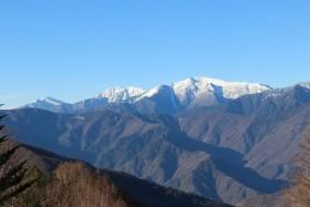 05桜峠からの荒川三山s