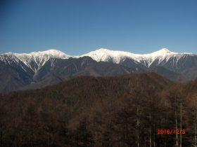 白根三山(右より北岳・間ノ岳・農鳥岳)